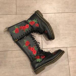 Doc martens boots size 7